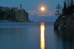 Split Rock Lighthouse Full Moon MNIMG_006356