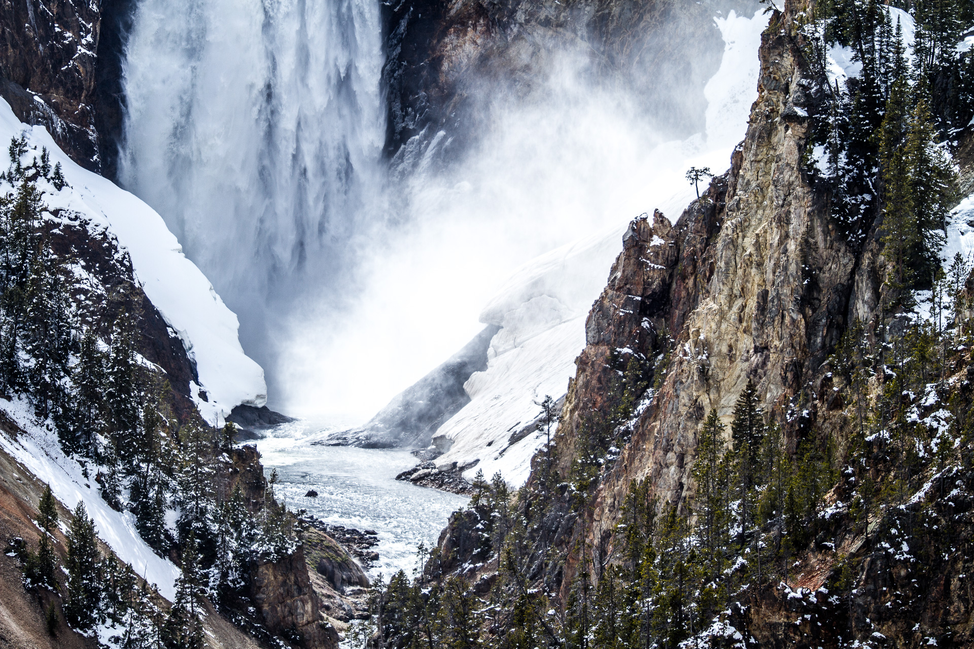 Upper Falls Yellowstone River Canon 200mm f2 lens Yellowstone National Park WY Sparky Stensaas-0484